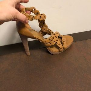 Tory Burch size 9 leather sandals